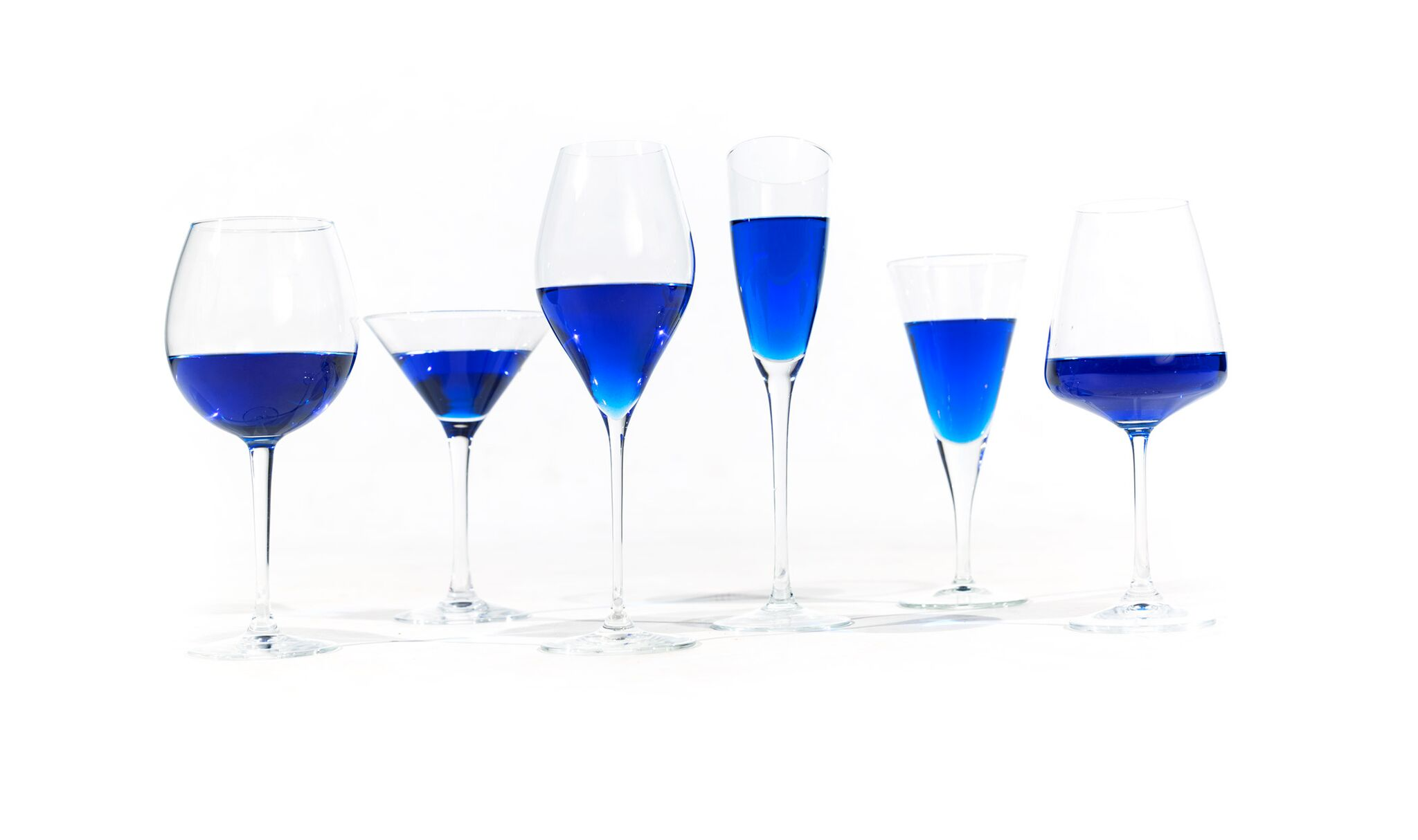 blue-wine-GIK-glasses